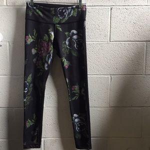 lululemon athletica Pants - Lululemon multi legging, sz 6, 58889